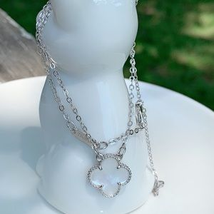 Fashion Mother of Pearl Necklace